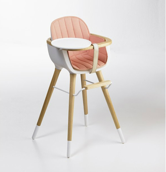 la chaise haute ovo de micuna inspir e de eames design culdesac. Black Bedroom Furniture Sets. Home Design Ideas