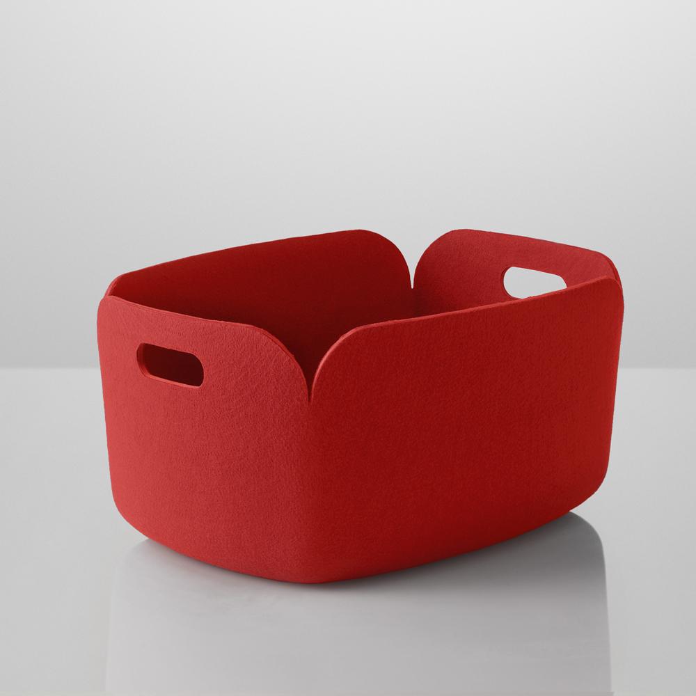 panier de rangement restore rouge muuto coffres jouets design pour chambre d 39 enfant. Black Bedroom Furniture Sets. Home Design Ideas