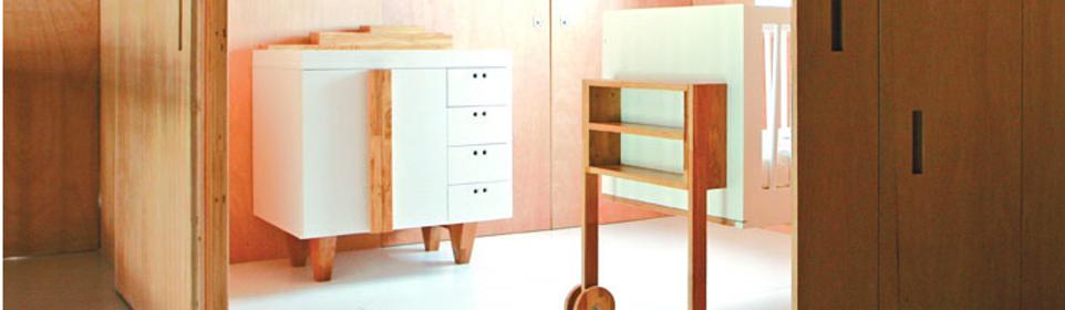 Meuble chambre b b berceau design lit volutif table for Meuble bebe design