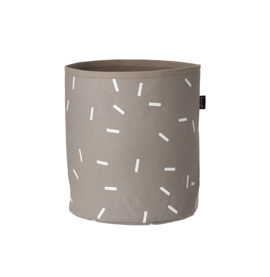 petit panier de rangement stick ferm living pour chambre. Black Bedroom Furniture Sets. Home Design Ideas