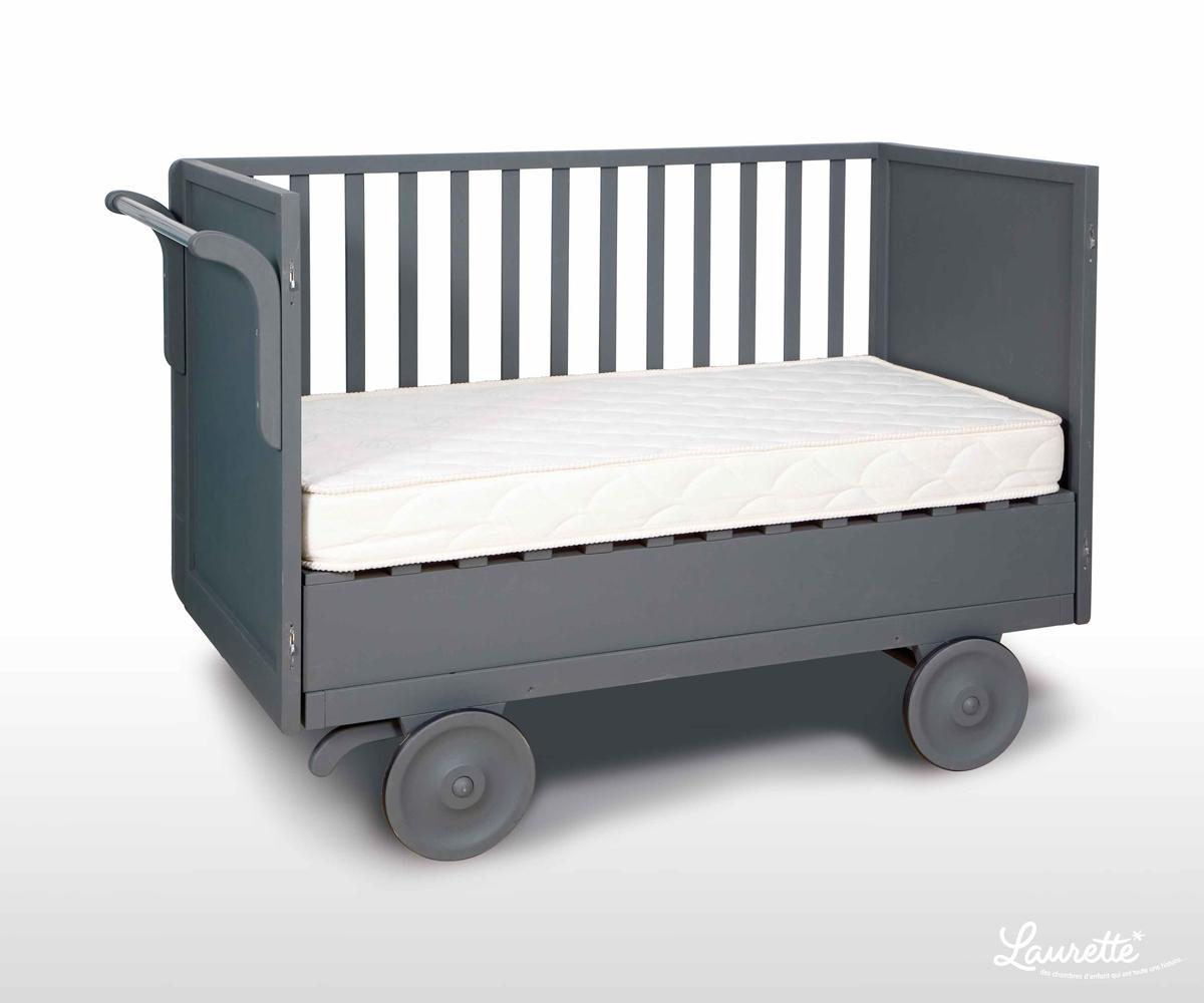 lit roulotte vintage perfect lit roulotte gris with lit roulotte vintage lit bb vintage with. Black Bedroom Furniture Sets. Home Design Ideas
