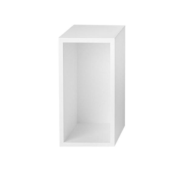 etag re stacked s avec fond blanc muuto pour chambre enfant les enfants du design. Black Bedroom Furniture Sets. Home Design Ideas