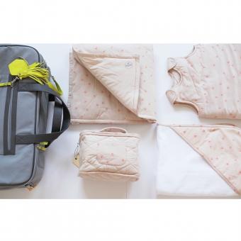 pack valise de maternit bird rose sweetcase pour chambre enfant les enfants du design. Black Bedroom Furniture Sets. Home Design Ideas