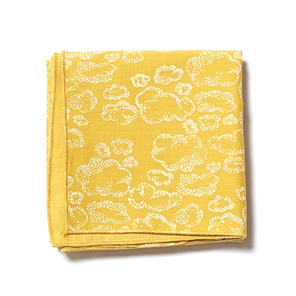 mini plaid de naissance nuages moutarde sweetcase pour chambre enfant les enfants du design. Black Bedroom Furniture Sets. Home Design Ideas