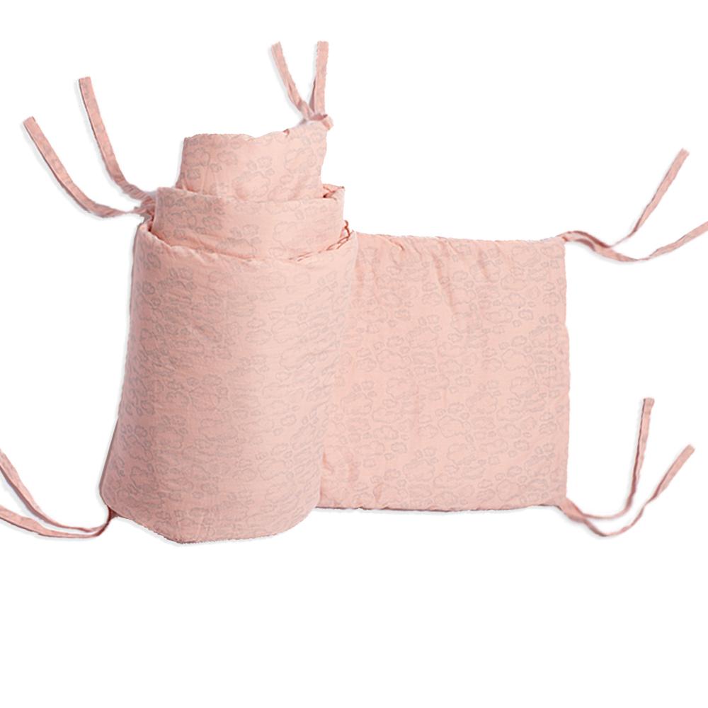 tour de lit moelleux nuages vieux rose sweetcase pour. Black Bedroom Furniture Sets. Home Design Ideas