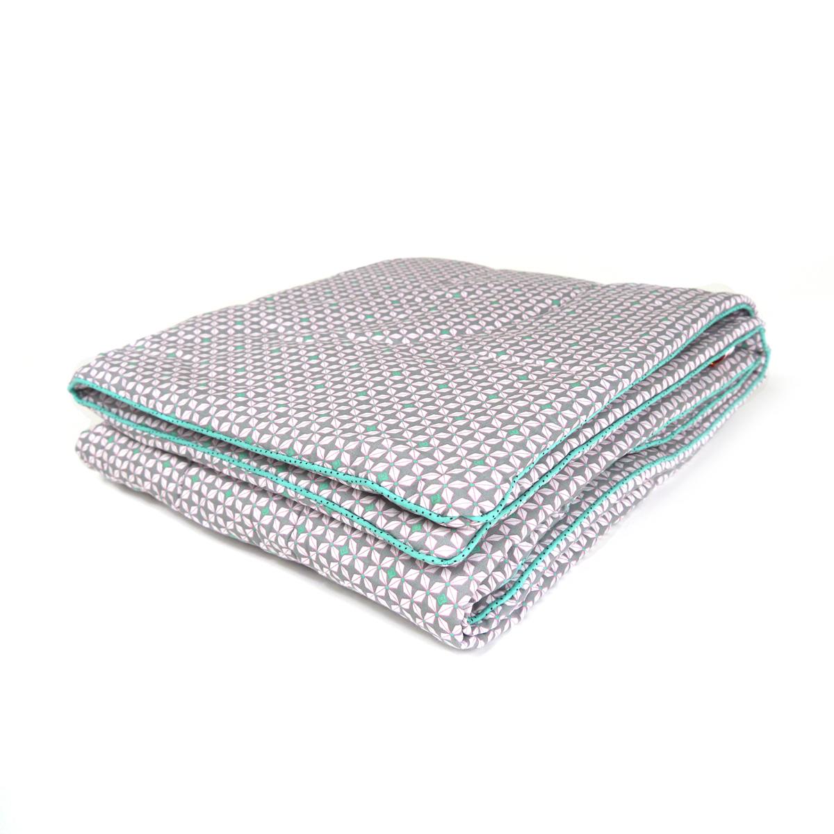 edredon b b h lium gris petit pan pour chambre enfant. Black Bedroom Furniture Sets. Home Design Ideas