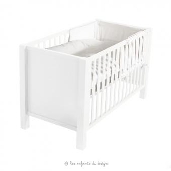 Lit b b marie sofie blanc quax pour chambre enfant for Lit enfant quax