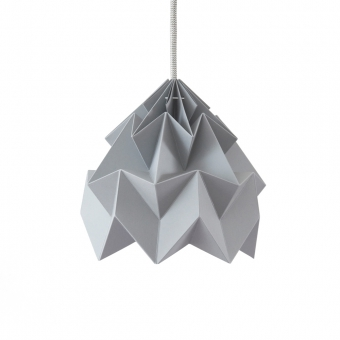 Petite suspension origami moth grise studio snowpuppe pour for Suspension grise chambre