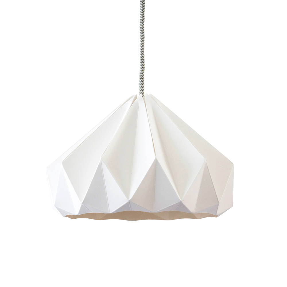 Suspension origami chestnut blanche studio snowpuppe pour for Luminaire suspension blanc