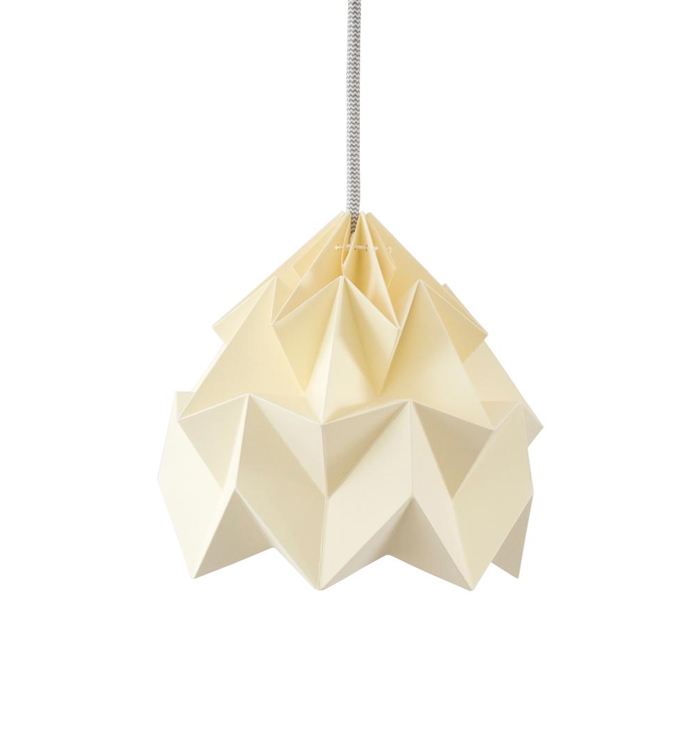 petite suspension origami moth jaune p le studio snowpuppe. Black Bedroom Furniture Sets. Home Design Ideas