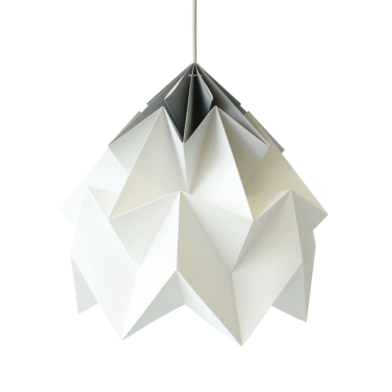 suspension origami moth xl gradient gris studio snowpuppe. Black Bedroom Furniture Sets. Home Design Ideas