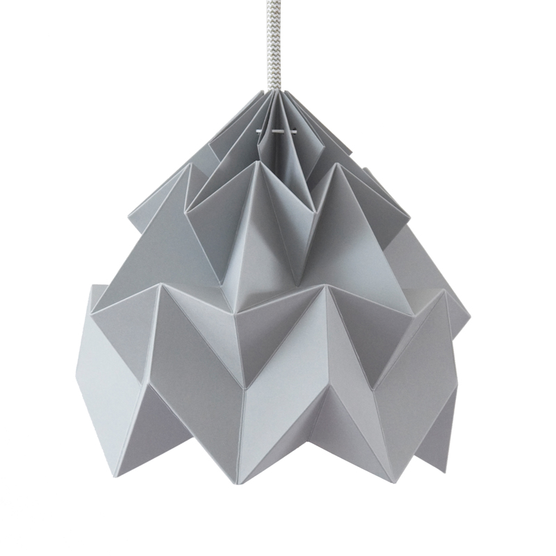 suspension origami moth xl gris studio snowpuppe pour chambre enfant les enfants du design. Black Bedroom Furniture Sets. Home Design Ideas