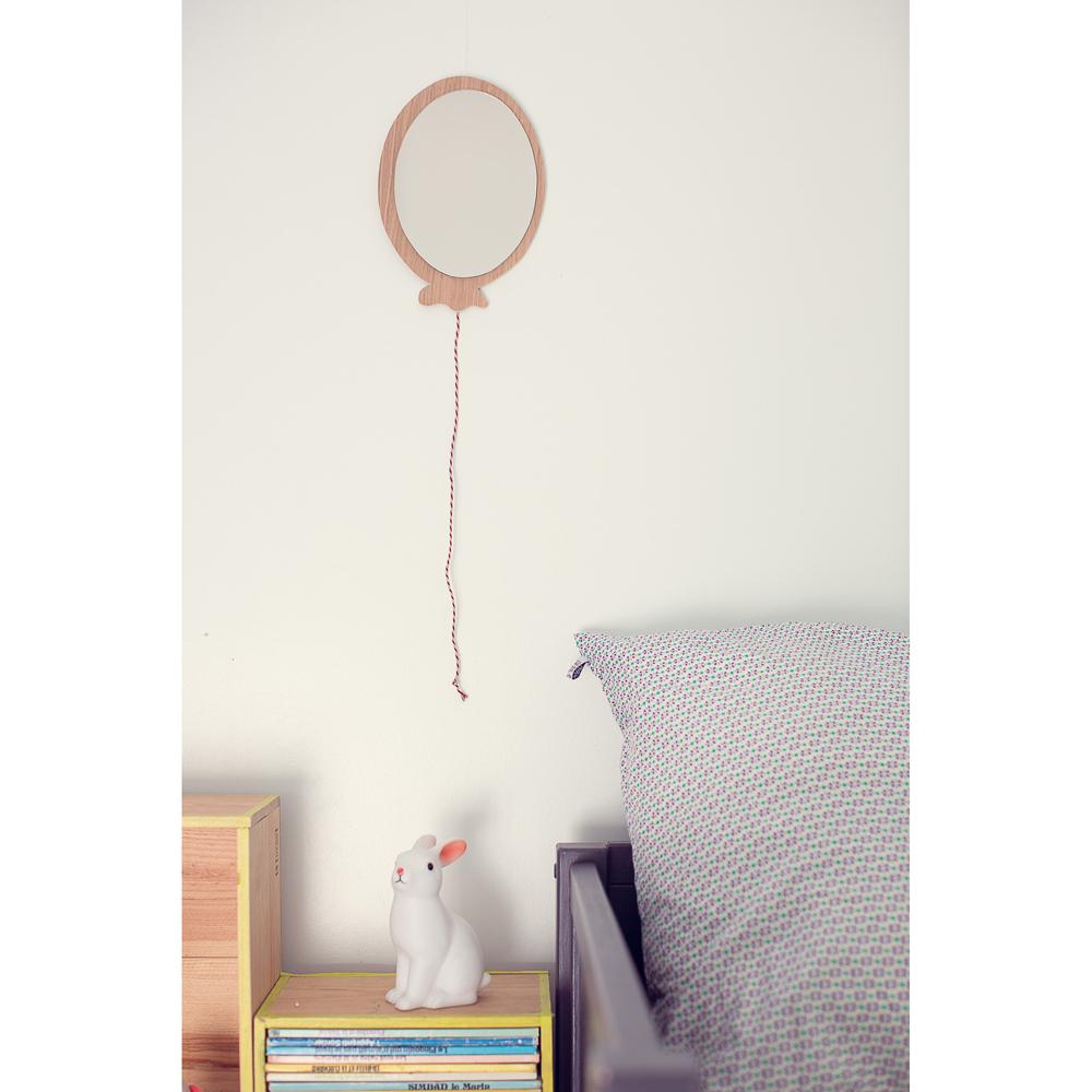 miroir de chambre fille. Black Bedroom Furniture Sets. Home Design Ideas