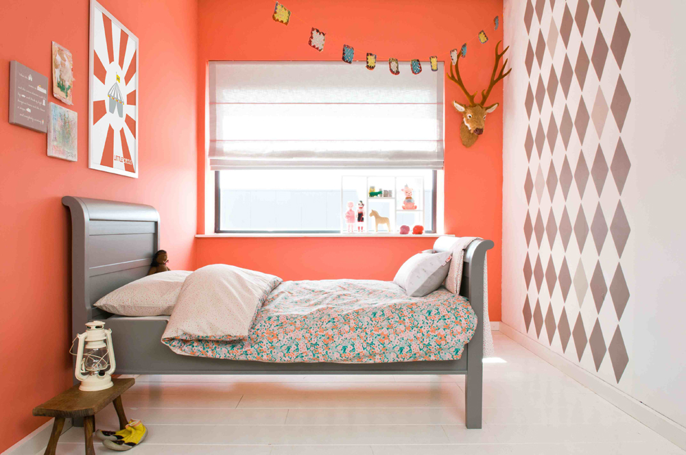 chambre bebe corail et gris avec des id es int ressantes pour la conception de la. Black Bedroom Furniture Sets. Home Design Ideas