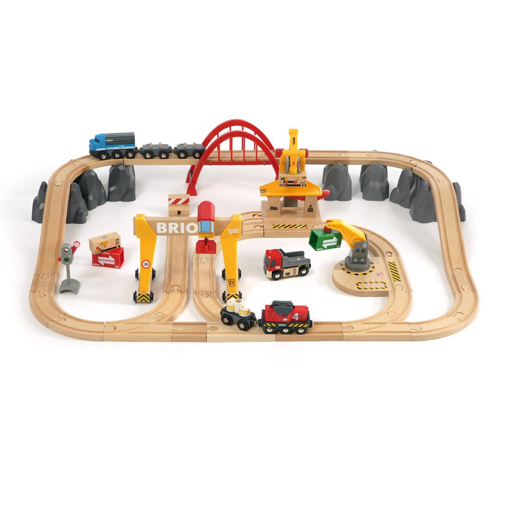 Circuit grues et chargements brio pour chambre enfant les enfants du design - Les enfants du design ...