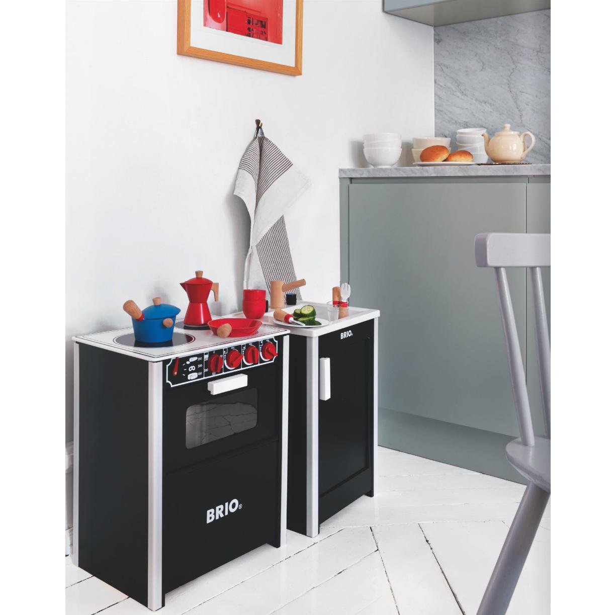 cuisiniere rouge. Black Bedroom Furniture Sets. Home Design Ideas