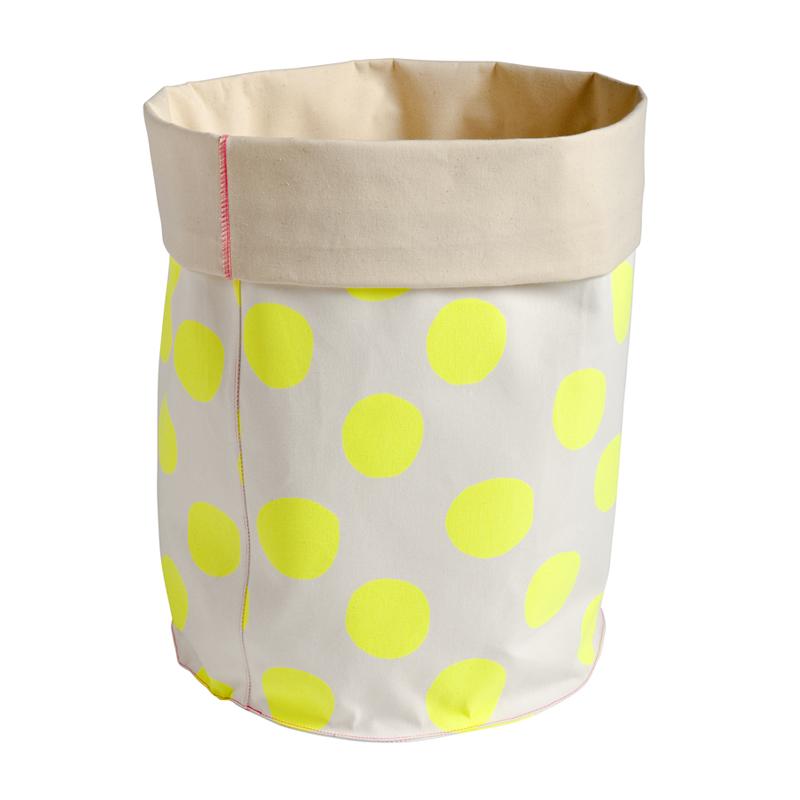 grand panier de rangement pois jaune fluo la cerise sur le g teau pour chambre enfant les. Black Bedroom Furniture Sets. Home Design Ideas
