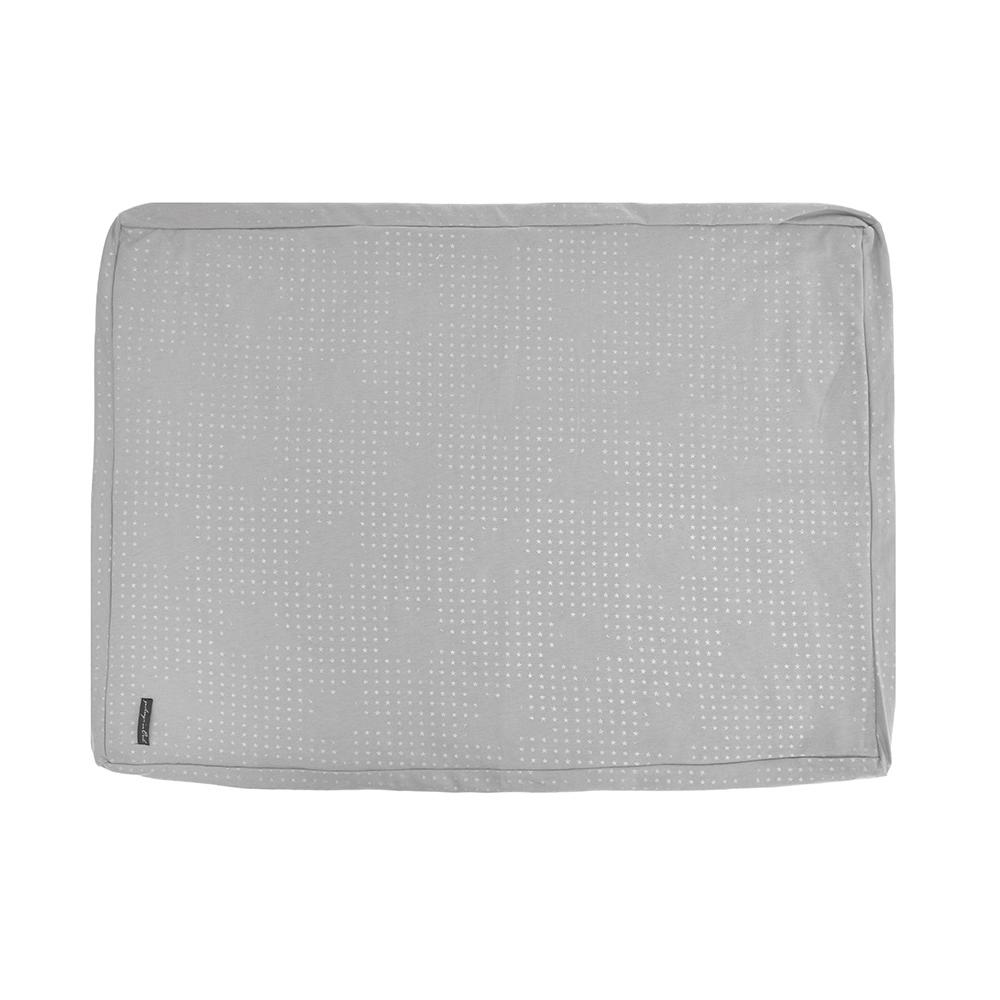 housse de matelas langer etoiles gris clair jack n 39 a qu 39 un oeil pour chambre enfant les. Black Bedroom Furniture Sets. Home Design Ideas