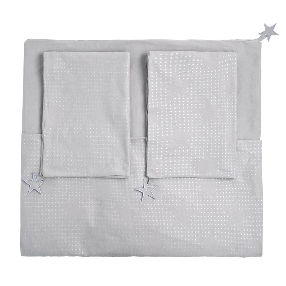 parure de lit etoiles 220x240 gris clair jack n 39 a qu 39 un oeil pour chambre enfant les enfants. Black Bedroom Furniture Sets. Home Design Ideas