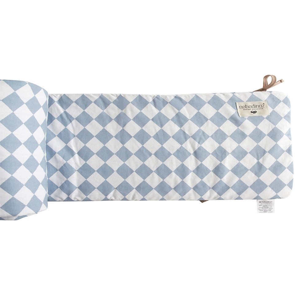 tour de lit losanges bleu nobodinoz pour chambre enfant les enfants du design. Black Bedroom Furniture Sets. Home Design Ideas