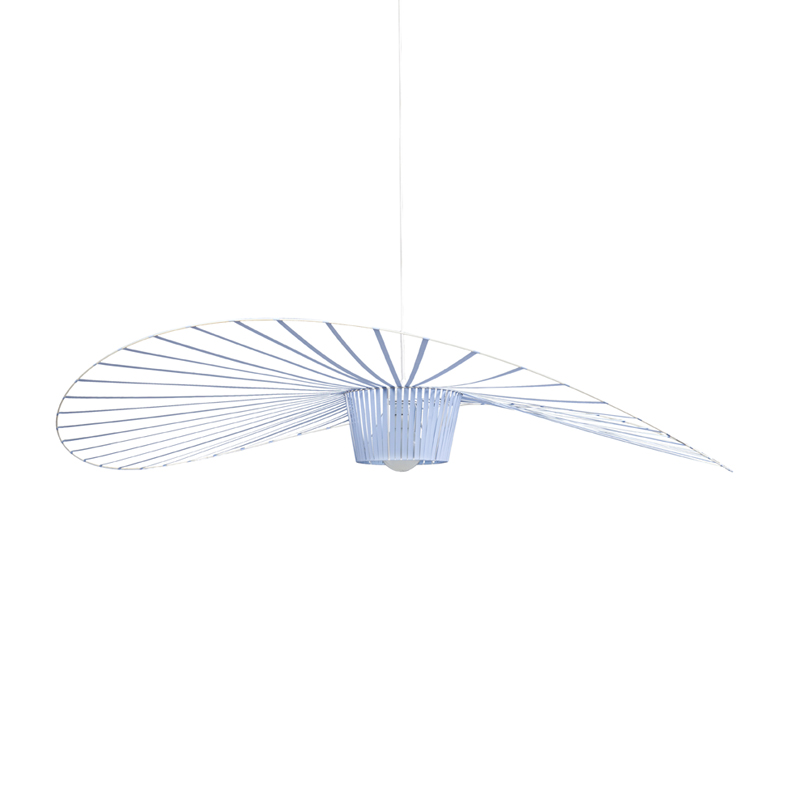 Suspension vertigo bleu pastel petite friture pour for Suspension bleu