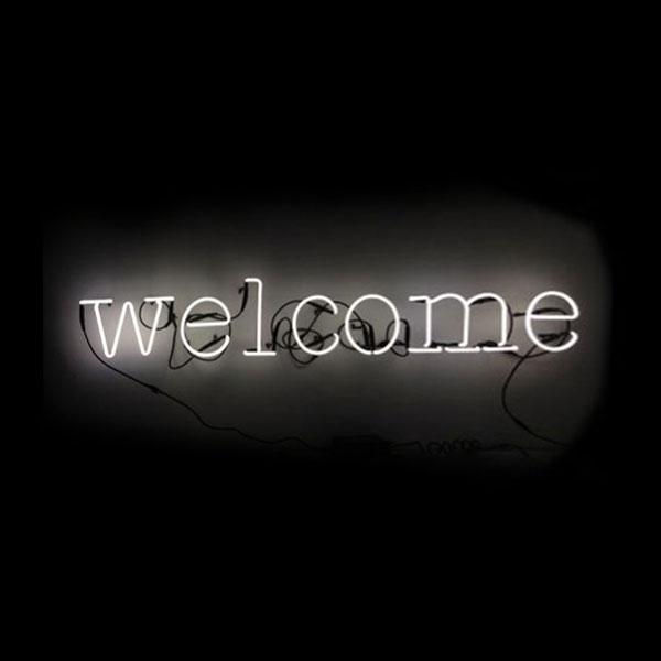 Applique n on welcome seletti pour chambre enfant les - Applique neon design ...