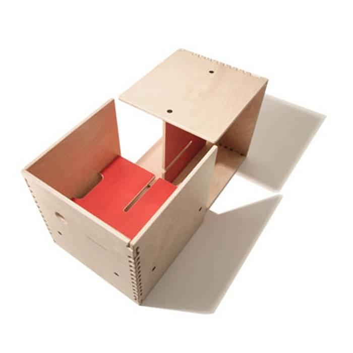max in the box bureau enfant cube rouge perludi pour. Black Bedroom Furniture Sets. Home Design Ideas