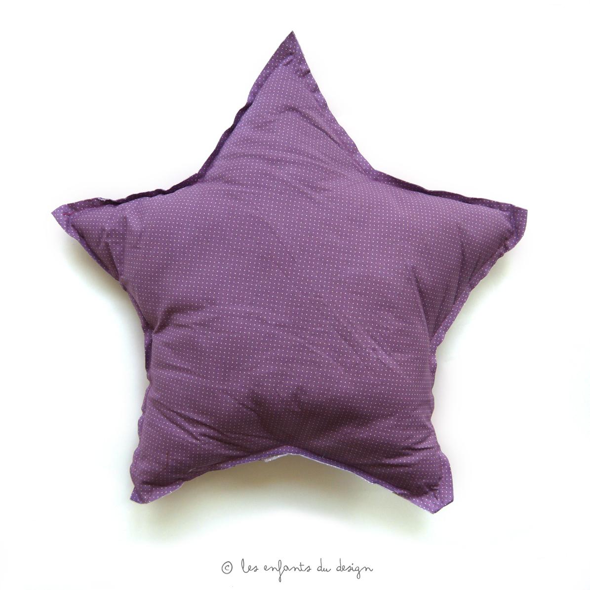 coussin etoile petits pois violet num ro 74 pour chambre. Black Bedroom Furniture Sets. Home Design Ideas