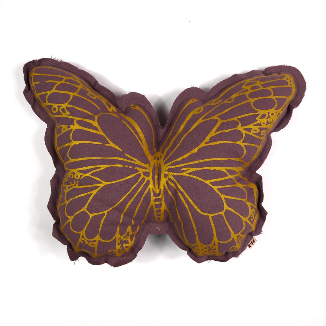 Coussin papillon prune num ro 74 pour chambre enfant les enfants du design - Coussin couleur prune ...