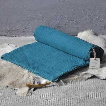Couverture gaze de coton bleu canard num ro 74 pour chambre enfant les en - Colette gaze et son bebe ...