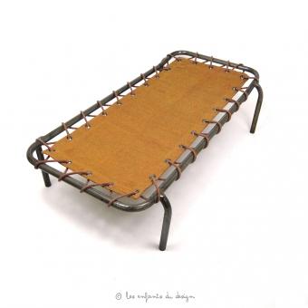 lit de camp d 39 appoint curry num ro 74 pour chambre enfant les enfants du design. Black Bedroom Furniture Sets. Home Design Ideas