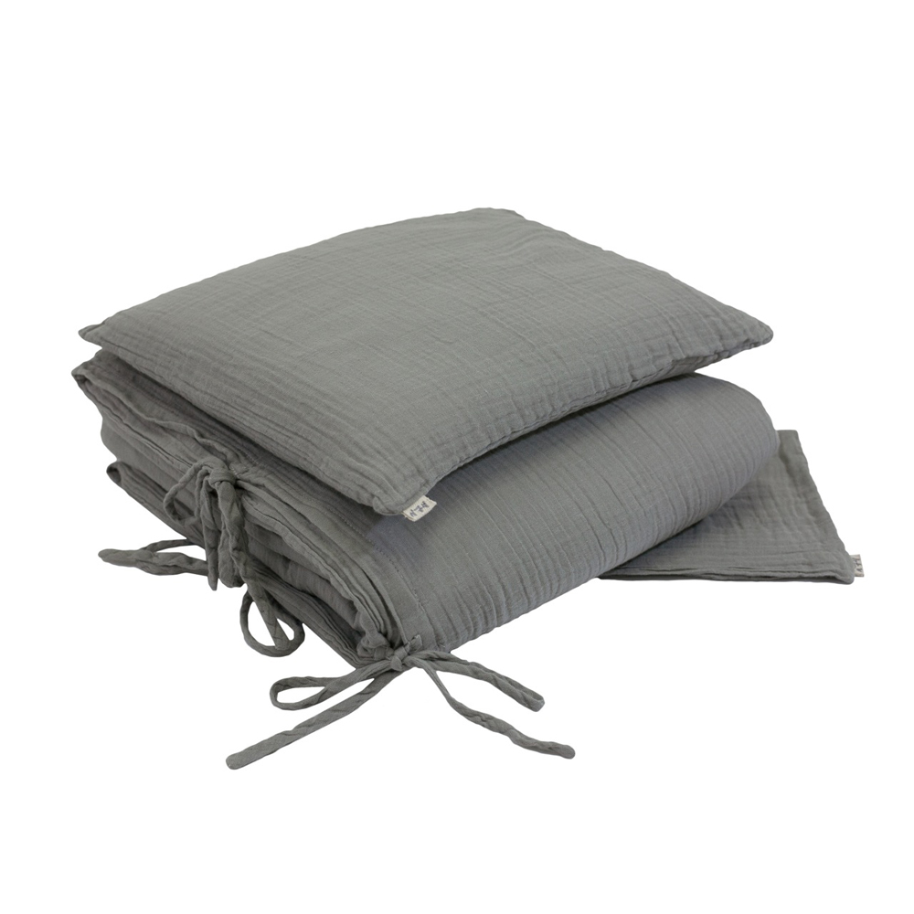parure de lit en gaze de coton gris num ro 74 pour. Black Bedroom Furniture Sets. Home Design Ideas