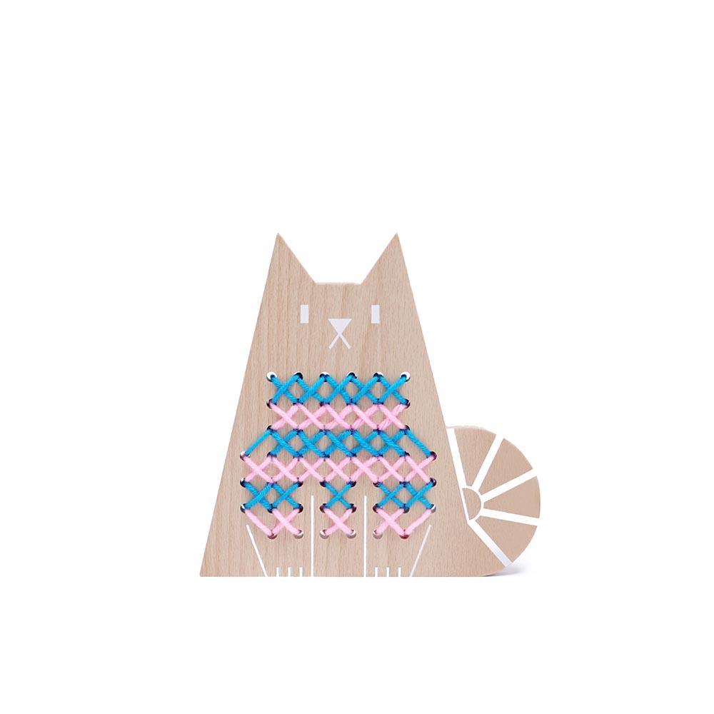 Point de croix chat moon picnic pour chambre enfant les enfants du design - Les enfants du design ...