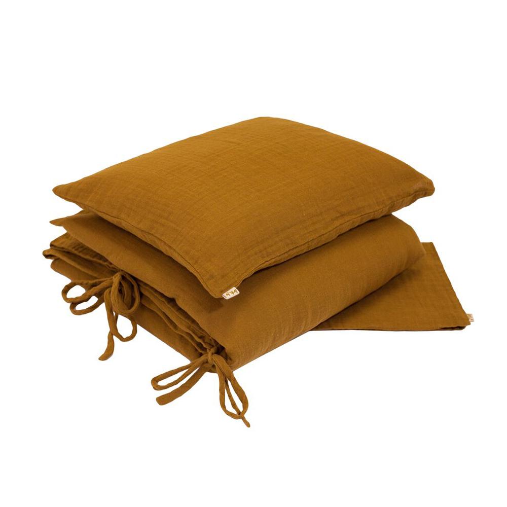 parure de lit en gaze de coton curry num ro 74 pour chambre enfant les enfants du design. Black Bedroom Furniture Sets. Home Design Ideas