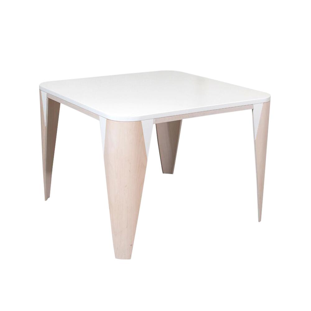 table kaarna blanc lumokids pour chambre enfant les enfants du design. Black Bedroom Furniture Sets. Home Design Ideas