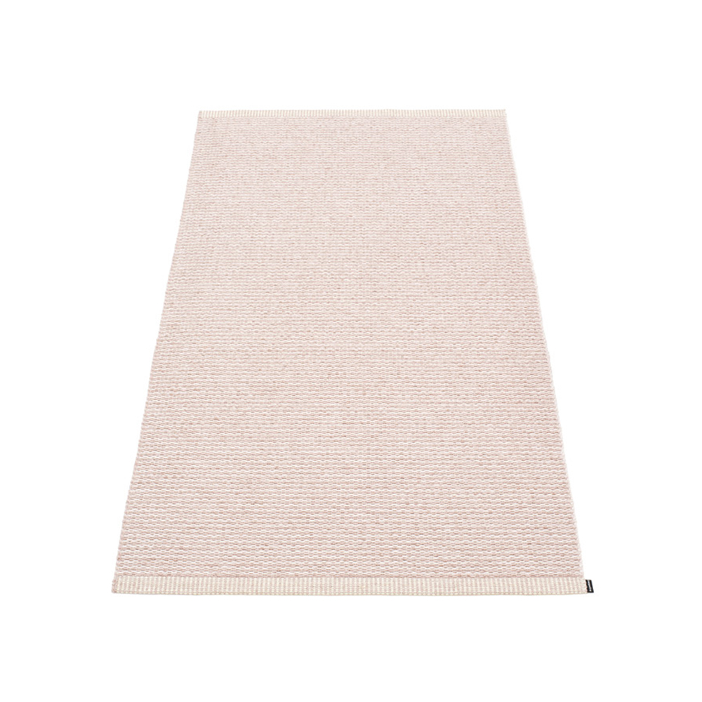 tapis mono rose p le pappelina pour chambre enfant les. Black Bedroom Furniture Sets. Home Design Ideas